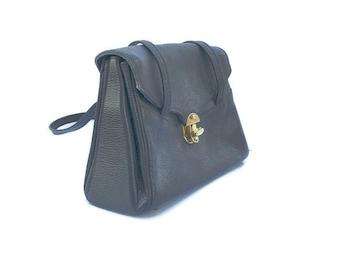 Vintage 1950's handbag, Pebbled Leather, Accordion Purse, Julius Garfinckel co washington