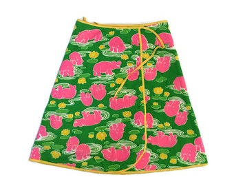 Vintage Wrap Skirt / Novelty Hippo SKirt, / Pink Hippos  / Small