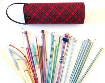 Knitting Set Mid Century Plaid Carrying Case with Knitting Needles Crochet 70 pieces
