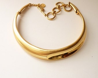 Vintage Designer Gold Tone Choker Necklace by Clara Studio