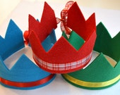 5 DOLLAR SALE-in stock eco friendly arya felt crown with seven points and adjustable ribbon tie. party, play, rule.