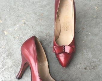6M Shoes / Vintage 1950's Heels / Red Leather Pumps with Metal Studs