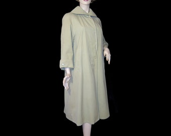 1950s tan cotton coat ~ Medium / Large ~ Fulwiline made in Germany raincoat ~ 3/4 sleeve ~ creamy beige ~ classic swing style ~ Lucy ~ flowy