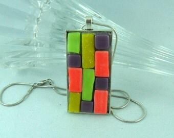 pendant - mosaic jewelry - jewelry lover - glass gift - pendant and chain - mosaic lover gift - glass lover gift - mosaic art - bright