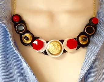 Regal in red and black button necklace