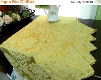 Damask Tablecloth and 4 Matching Napkins Set - Linen Table Cloth 7130