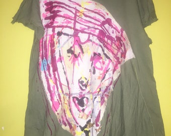 Abstract face painting applique on recycled olive Tee fits XL 1x