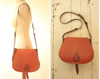 Tan Leather 1970's Shoulder Bag