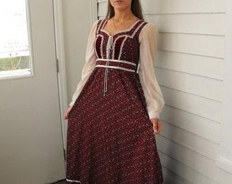 SHOP SALE Vintage 70s Gunne Sax Dress Prairie Full Corset Red Floral XS