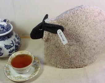 Sheep tea cozy, tea cosy: Buttercup the sheep cozy