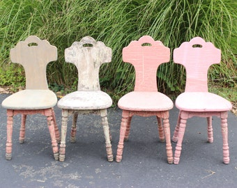 Set Of 4 Vintage Antique Solid Wood Distressed Pink White Shabby Chic Chairs
