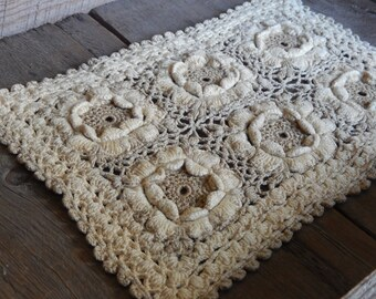 Vintage Doily Romantic Cottage Chic Hand Crochet Thick Hotpad Kitchen Dining Decor
