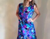 VALENTINES DAY SALE vintage plus size 60s dress / mod hippie/ purple blue / graphic print / shift dress/ psychedelic / size xl /plus figure