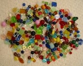 Large mixed lot of glass  beads   . . over 300  beads . . 12.8 ounces (365 grams) perfect for jewelry making or crafts