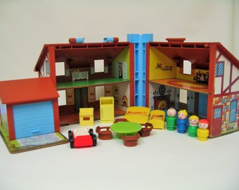 Vintage Fisher Price Little People Tudor House