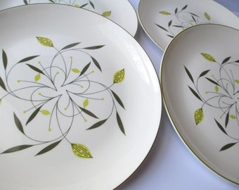 Vintage Homer Laughlin Cascade Dinner Plates - Retro Cute