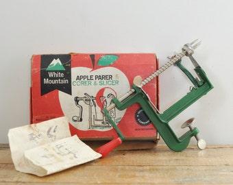Vintage White Mountain Apple Parer Corer Slicer Original Box and Instructions Green Peeler