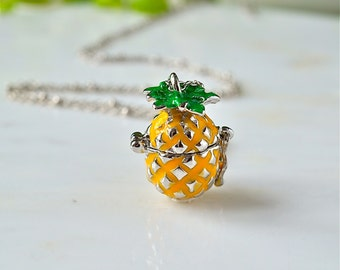 Pineapple pendant locket necklace,pineapple necklace,pineapple locket ,summer necklace,best friend gift,pineapple that opens,locket