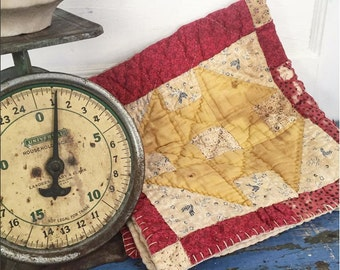 Vintage Prim Quilt Piece
