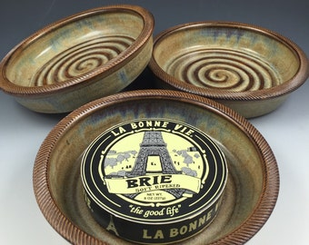 Brie Baker - Hummus Dish - 2 Recipes Included - Stoneware Brie Baking Dish with Textured Rim