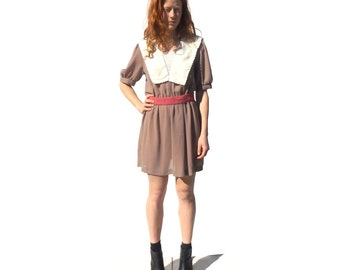 Mauve short sleeve tea dress with cream collar and pink belt 1980s 80s 70s VINTAGE