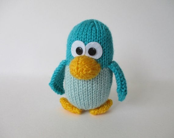 Kevin the Penguin toy knitting pattern