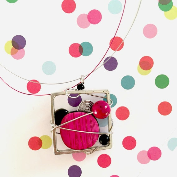 Square metal stainless necklace pink, black, white beads pewter and stainless steel on color tiger tails, les perles rares