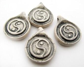 4 Large Yin Yang beads - beads