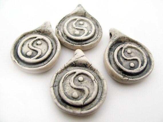 10 Large Yin Yang beads - beads