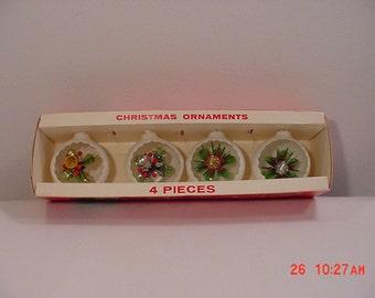 4 Vintage Jewelbrite Plastic Indent Christmas Tree Decorations In Original Box   16 - 301