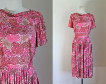 vintage 1950s floral dress - CHRYSANTHEMUM pink day dress / S