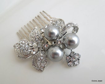 Bridal hair comb gray swarovski Pearls Pearl Rhinestone Hair Comb Bridal Pearl Rhinestone Hair Comb Wedding Rhinestone Hair Comb SHARON