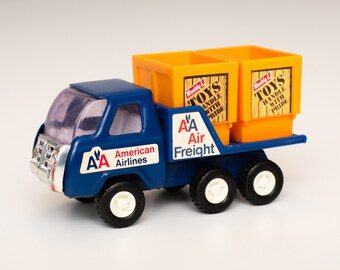Buddy L American Airlines Cargo Truck Toy w/Freight Boxes, Vintage 80s