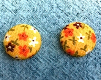 """Vintage Fabric Button Post Earrings - Yellow with Floral Pattern - 5/8"""""""