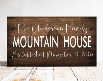 Personalized Family Name Mountain House Sign, Mountain Sign, Mountain Home Decor, Rustic Cabin Decor