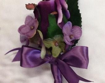 Silk Wisteria Rose Boutonniere, Wisteriar Bout, Wisteria Men's Lapel Flower, Wisteria Buttonhole