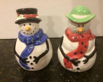 Vintage Snowmen Ceramic Salt and Pepper Shakers