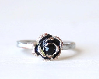 Dainty Vintage Black Rose Flower Everyday Ring  // size 7  // everyday silver jewelry