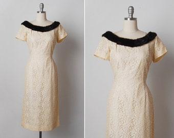 vintage 1950s dress / 50s fur trim dress / cream lace dress / Simone dress