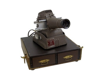 Golde Manumatic Projector