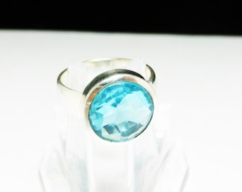 Sterling Silver Ring - Vintage Modernist Style - Faceted Turquoise Blue Glass Ctystal Rhinestone