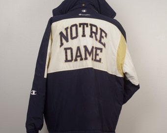Champion Notre Dame puffy Jacket 90s vintage Fighting Irish hooded winter long ski jacket parka zipped coat XL men NCAA collegiate sports