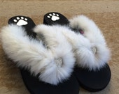 GENUINE FOX FUR Flip Flops / Sandals / Slippers Size Large (9/10)