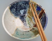 Handmade Large Stoneware Rice Bowl Noodle Bowl Ramen Bowl with Chopstick Rest Right Handed