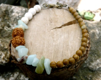 Beads bracelet with green pastel amazonite beads ( brass antiqued, natural, old lady ) 01