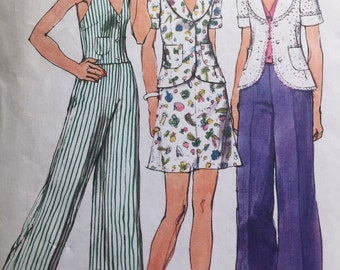 Simplicity 5689 Halter Jacket Skirt and Pant 1974