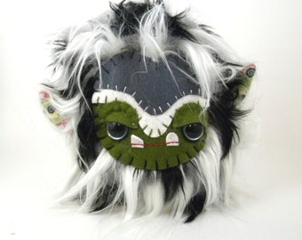 Stuffed Animal Cute Plush Toy Monster Kawaii Plushie Black and White Faux Fur Toy 7 inches tall