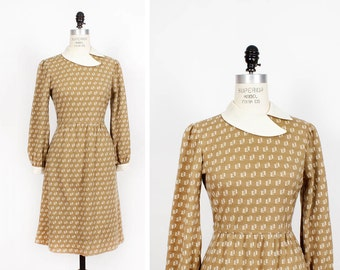 70s Dress S/M • Khaki Dress • Collared Dress • Tan Knit Dress • Fit and Flare Dress with Sleeves | D559