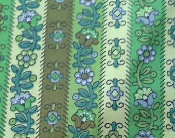 2 Large Vintage Waverly Fabric Samples  Calico Liner In Bayberry Green X0608