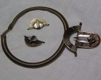 Ermani Bulatti deco style pearlized antique gold pendant choker and clip earrings